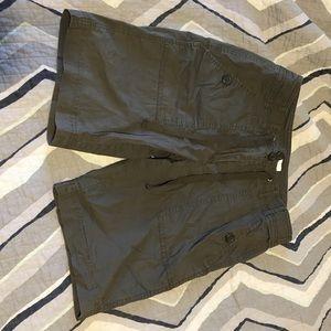 Charter Club hiking Bermuda Petite shorts Size  2P